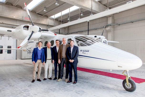 Directivos de Tecnam y Cape Air / Tecnam