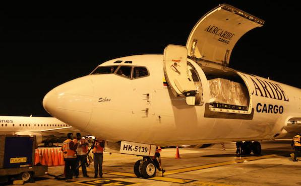 Boeing 737-400 de AerCaribe