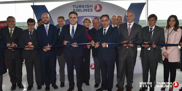 Ceremonia de la llegada de Turkish Airlines a Panamá
