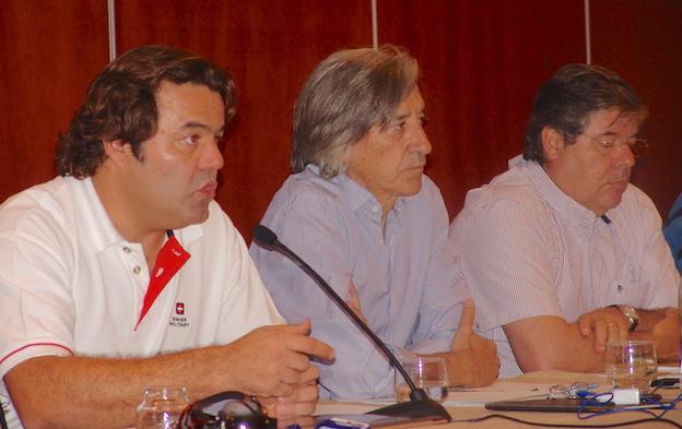 MIembros de la sección sindical de SEPLA en Air Europa durante la asamblea