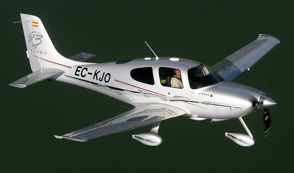 El avión siniestrado / Easy Fly