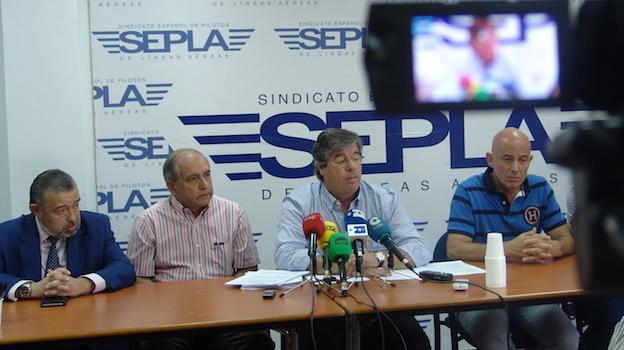 Representantes de SEPLA en Air Europa