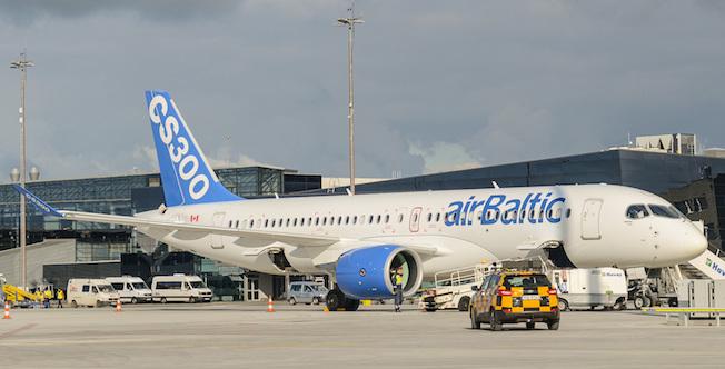 Bombardier CS300, en el aeropuerto de Riga / Bombardier