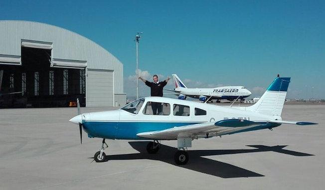 Uno de los aviones de FTA en e aeropuerto de Teruel / Twitter