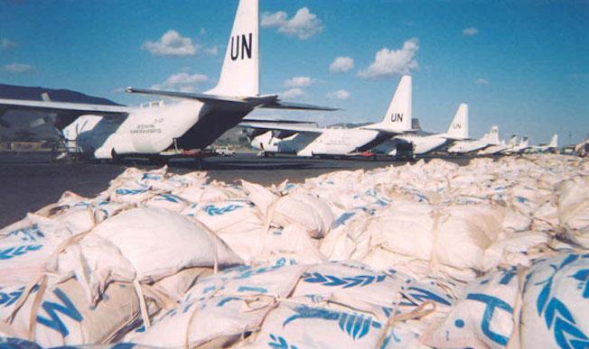 Aviones utilizados en el Programa Mundial de Alimentos / Wikipedia