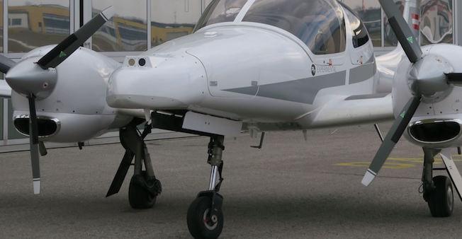 Las cámaras, en el morro del avión / Diamond Aircraft