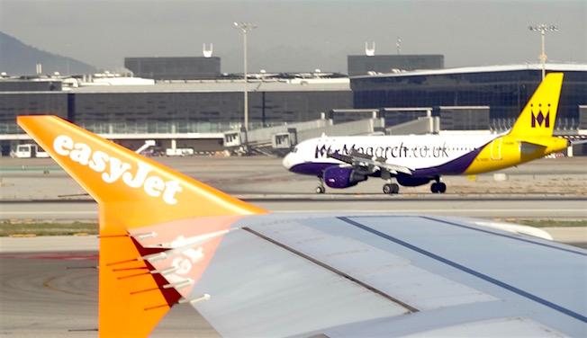 Tráfico de aviones en el aeropuerto de Barcelona - El Prat / AeroTendencias.com