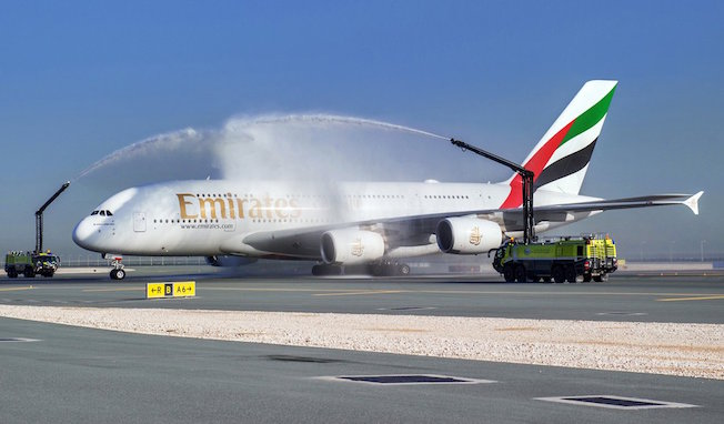 LLegada del A380 de Emirates a Doha / Emirates